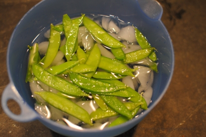 Blanched snow peas